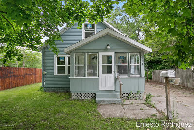 Muskegon, Muskegon Heights, North Muskegon Single Family Home For Sale: 654 Wesley Avenue