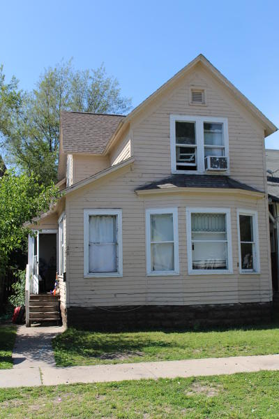 Muskegon, Muskegon Heights, North Muskegon Single Family Home For Sale: 22 E Isabella Avenue