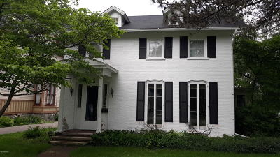 Coldwater Single Family Home For Sale: 117 E Chicago Street