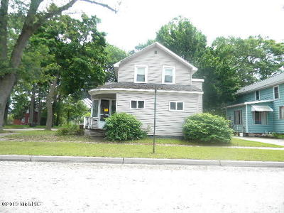 Muskegon, Muskegon Heights, North Muskegon Single Family Home For Sale: 1624 Beidler Street