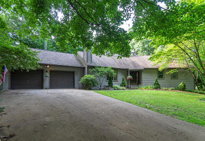 Three Rivers Single Family Home For Sale: 15673 Shady Lane