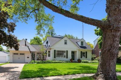 St. Joseph Single Family Home For Sale: 1230 Riverwood Terrace