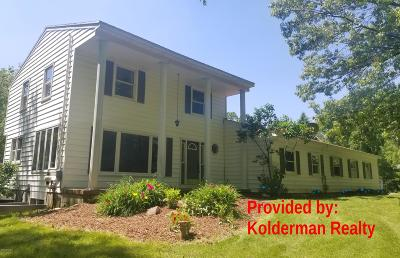 Kent County Single Family Home For Sale: 3370- B Alden Nash Avenue SE