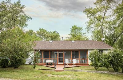 Lakeside MI Single Family Home For Sale: $499,000