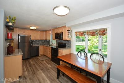 Grand Rapids, East Grand Rapids Single Family Home For Sale: 4747 Fruit Ridge Avenue NW