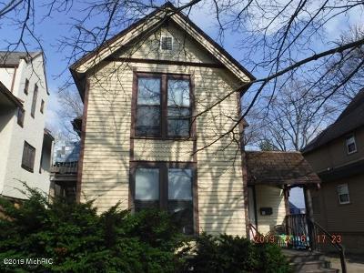 Kalamazoo Multi Family Home For Sale: 416 Douglas Avenue