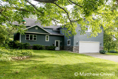 Belding Single Family Home For Sale: 707 W Liberty Street