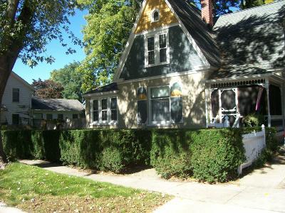 Greenville Single Family Home For Sale: 202 E Grove Street