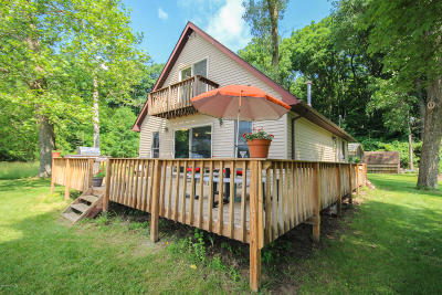 Three Rivers Single Family Home For Sale: 58396 E Clear Lake Road