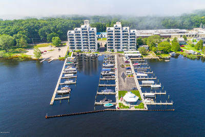 Muskegon County Condo/Townhouse For Sale: 2964 Lakeshore Drive #E504