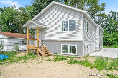 Single Family Home For Sale: 2104 Cleveland Avenue SW