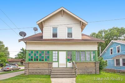 Wyoming Single Family Home For Sale: 952 Burton Street SW