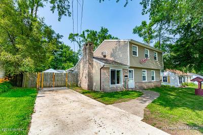 Grand Rapids Single Family Home For Sale: 1735 Mason Street NE