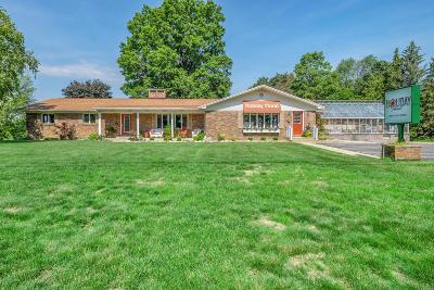Allegan MI Single Family Home For Sale: $479,000