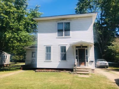 Hillsdale Single Family Home For Sale: 29 Vine Street