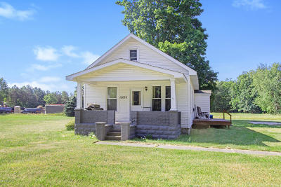 Grand Haven, Spring Lake, Ferrysburg Single Family Home For Sale: 15230 Lincoln Street