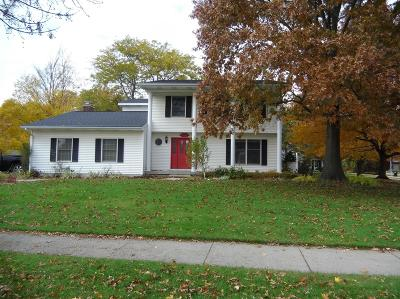 Grand Rapids Single Family Home For Sale: 4675 Bluegrass Drive SE
