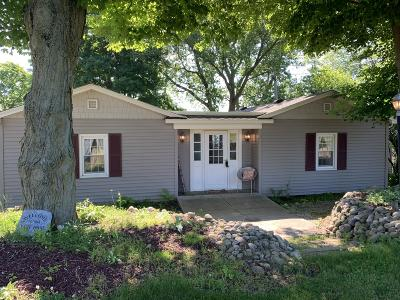 Berrien County, Branch County, Calhoun County, Cass County, Hillsdale County, Jackson County, Kalamazoo County, St. Joseph County, Van Buren County Single Family Home For Sale: 91457 M-40