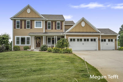 Clinton County, Gratiot County, Isabella County, Kent County, Mecosta County, Montcalm County, Muskegon County, Newaygo County, Oceana County, Ottawa County, Ionia County, Ingham County, Eaton County, Barry County, Allegan County Single Family Home For Sale: 9490 Shakespeare SE