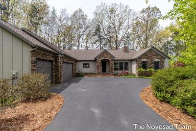 Ada Single Family Home For Sale: 6240 Corberry Trail NE