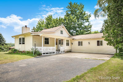 Sand Lake Single Family Home For Sale: 9378 E 120th Street