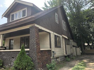 Single Family Home For Sale: 456 Storrs Street SE