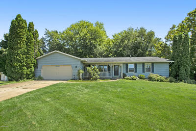 Middleville Single Family Home For Sale: 11913 Duncan Valley Road
