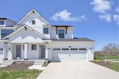 Single Family Home For Sale: 8915 Barrington Lane #32