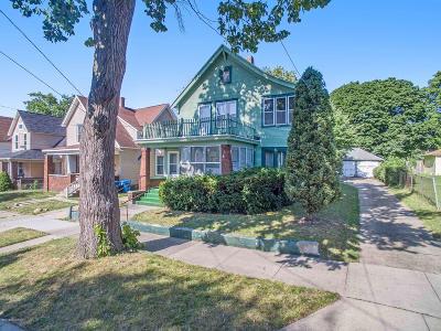 Multi Family Home For Sale: 721 Union Avenue SE