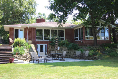 Vicksburg Single Family Home For Sale: 11490 E Indian Lake Drive