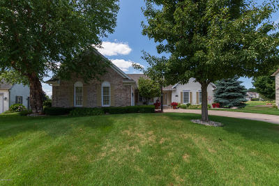Portage Single Family Home For Sale: 7568 Muirfield Drive