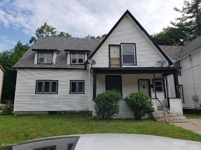 Single Family Home For Sale: 935 Thomas Street SE