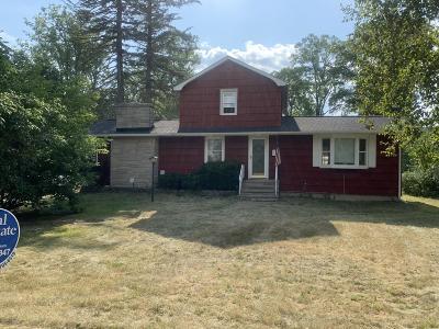 Single Family Home For Sale: 700 S Hannah Street