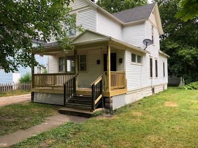 Kalamazoo Multi Family Home For Sale: 911 E E Stockbridge Avenue