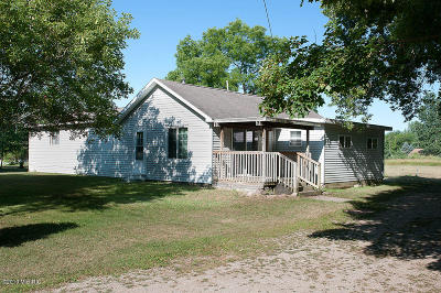 Mecosta MI Single Family Home For Sale: $82,900