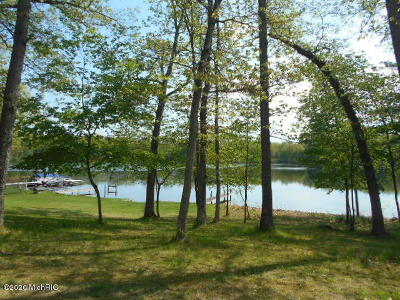 Benzie County, Charlevoix County, Clare County, Emmet County, Grand Traverse County, Kalkaska County, Lake County, Leelanau County, Manistee County, Mason County, Missaukee County, Osceola County, Roscommon County, Wexford County Residential Lots & Land For Sale: 320 N Jackpine Road