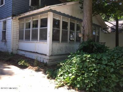 Holland, West Olive Single Family Home For Sale: 1983 South Shore Drive
