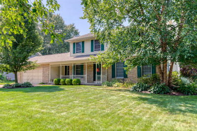Grand Rapids, East Grand Rapids Single Family Home For Sale: 257 Thornridge Court NW