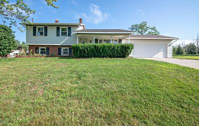 South Haven Single Family Home For Sale: 7364 Lakeridge Road