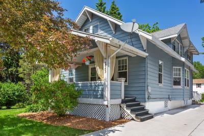 New Buffalo Multi Family Home For Sale: 125 S Willard Street