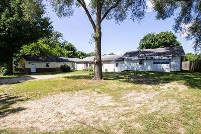 Dowagiac Single Family Home For Sale: 32426 Middle Crossing Road