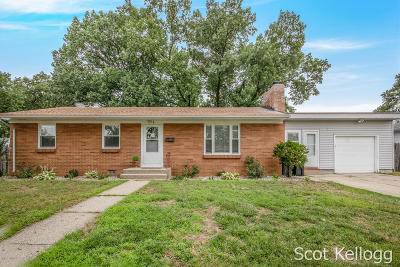 Single Family Home For Sale: 3318 Badger Avenue SW