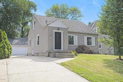 Grand Rapids MI Single Family Home For Sale: $185,000