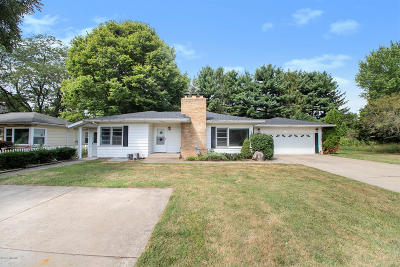 Berrien Springs Multi Family Home For Sale: 9026 4th Street