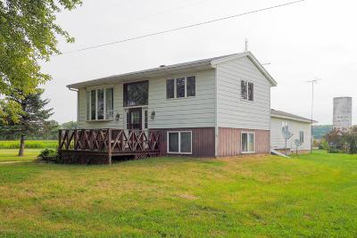 Van Buren County Single Family Home For Sale: 70509 Cr 665