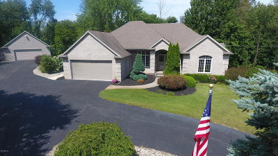 Clinton County, Gratiot County, Isabella County, Kent County, Mecosta County, Montcalm County, Muskegon County, Newaygo County, Oceana County, Ottawa County, Ionia County, Ingham County, Eaton County, Barry County, Allegan County Single Family Home For Sale: 10475 Ivanrest Avenue SW