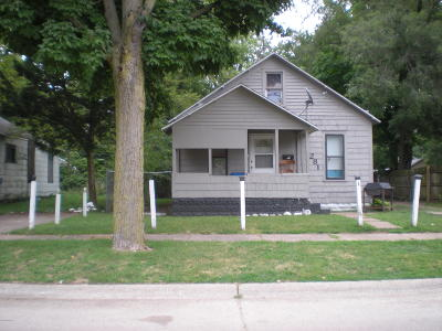 Benton Harbor Single Family Home For Sale: 1281 Pearl Street