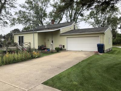 Muskegon Single Family Home For Sale: 5856 S Sheridan Drive