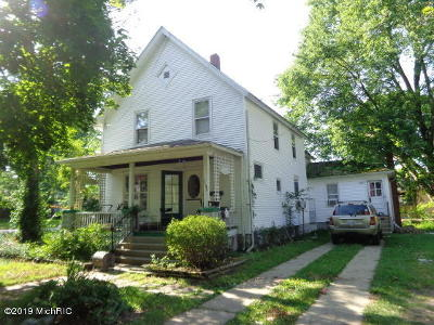 Single Family Home For Sale: 1122 Regent Street