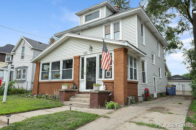 Single Family Home For Sale: 965 Adams Street Street SE